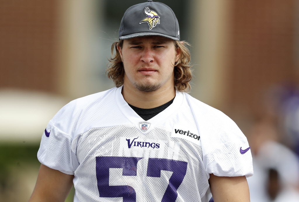 Another Vikings Linebacker Departs As Audie Cole Will Sign With - Audie