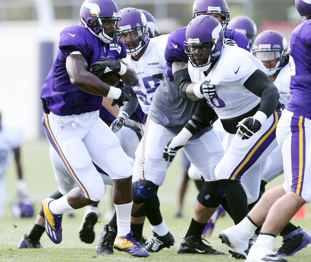 Vikings players react to Peterson signing with New Orleans: 'It's