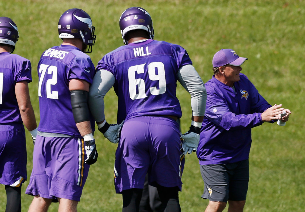 Vikings will be without swing tackle Rashod Hill vs. Lions