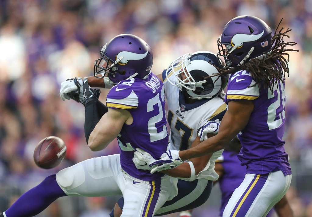 Here\'s how the Vikings stalled the Rams\' explosive passing attack ...