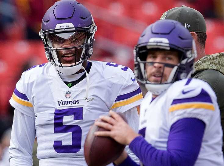 8311402c3 Vikings coach Mike Zimmer announced Wednesday that he is sticking with  quarterback Case Keenum as his starter for Sunday s game against the Rams.