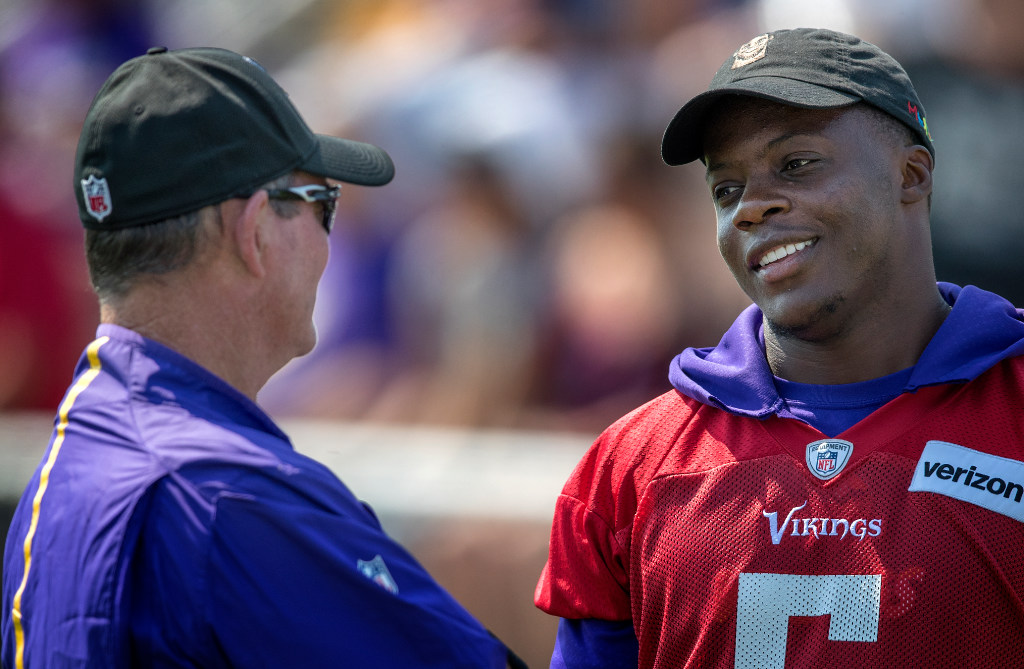 Does it sound like Mike Zimmer wants Teddy Bridgewater as his QB  4316d3101