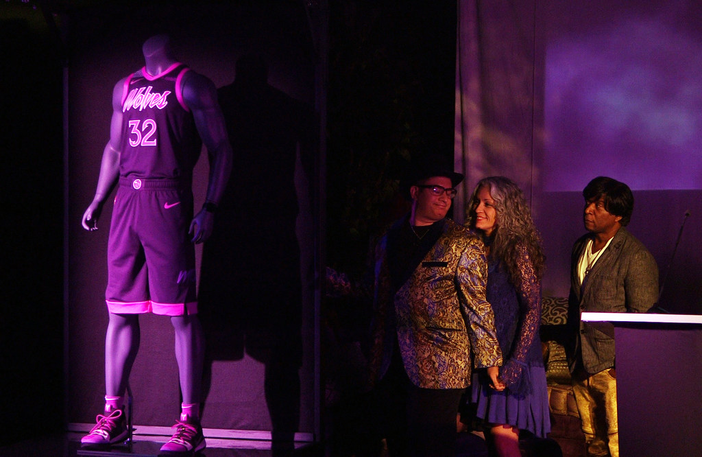 separation shoes fd3da 611c4 Timberwolves show off Prince tribute uniforms at Paisley ...