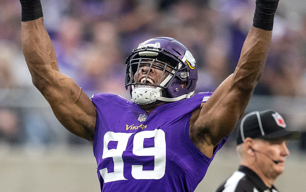 Vikings grades  Hunter among the elite  others on defensive line ... a40bf46df