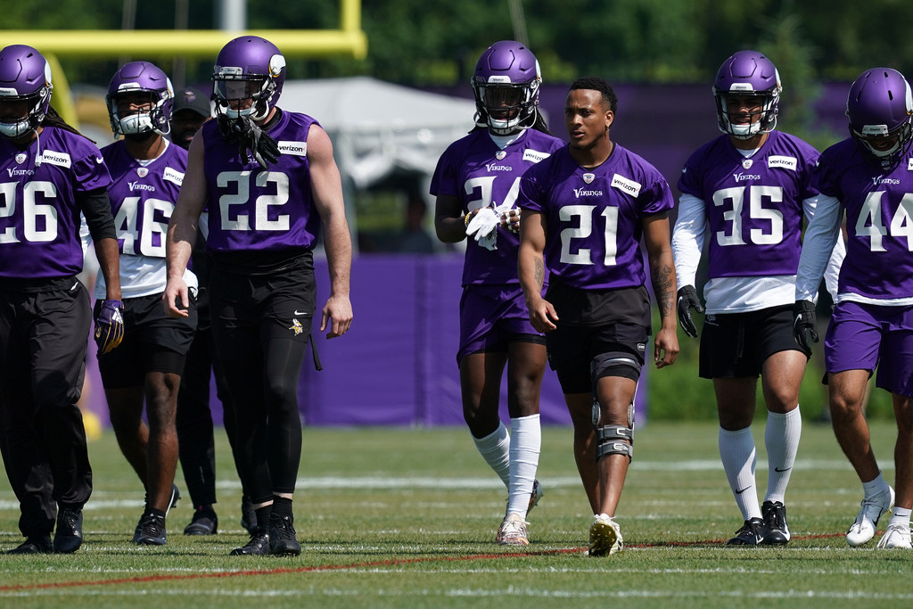 Busy day for rookie defensive backs at Vikings minicamp ...